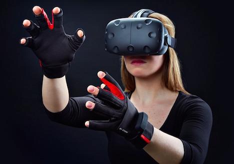 دستکش واقعیت مجازی, لمس اشیاء مجازی