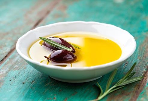 غذاهای سالم روغن زیتون