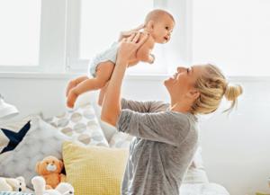 ارتباط نزدیک با نوزاد