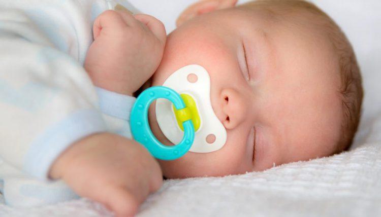 گاز معده در نوزاد