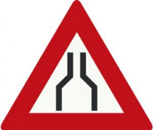 جاده باریک می شود