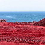 در این ساحل قشم خاک خوردن امری طبیعی است!